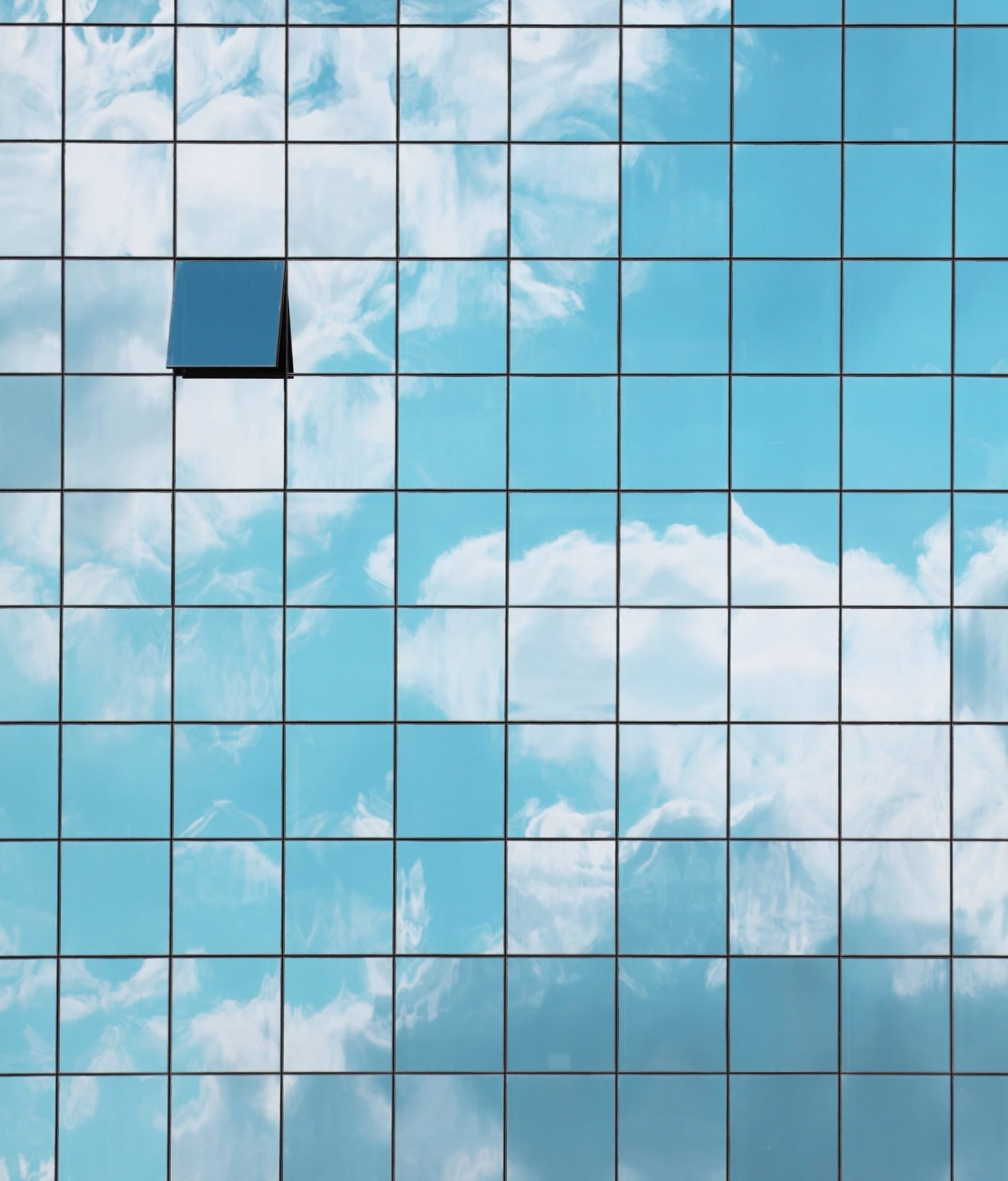 building-clouds-facade-glass-panels-412842